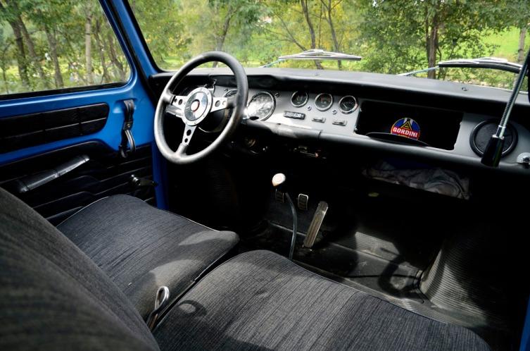Renault R8 Gordini_12