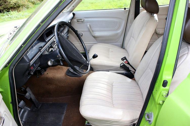 Datsun 140J_2