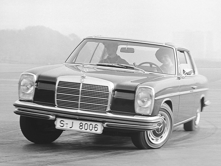 Mercedes W114 Reklame_7