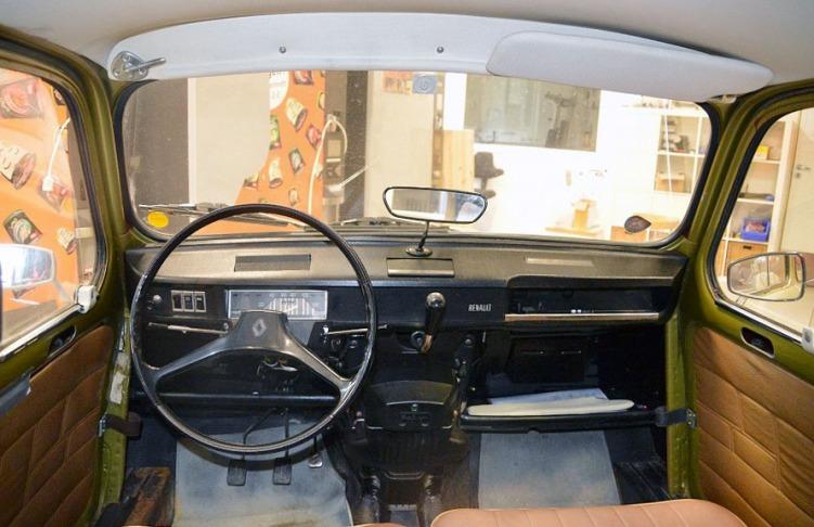 Renault 4_8