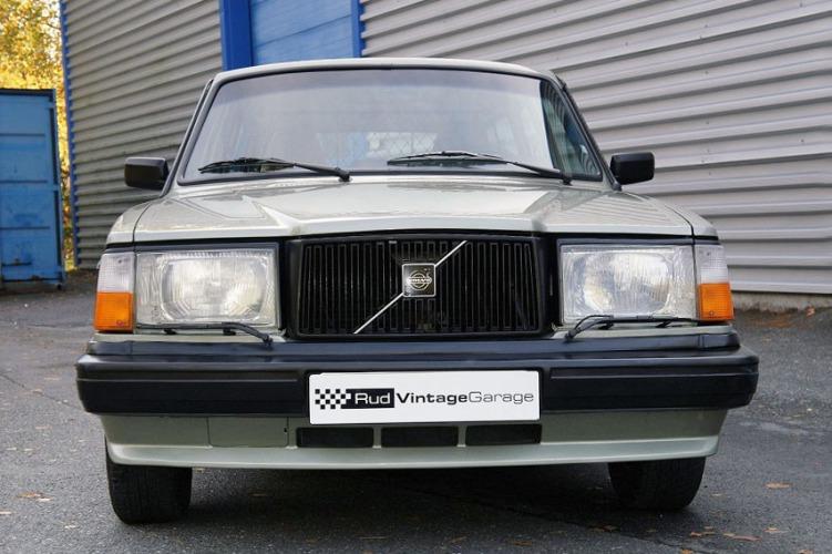 Volvo 245 GLT_4