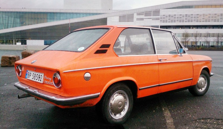 BMW 2000 Touring_4