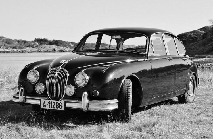 Jaguar MKII_1
