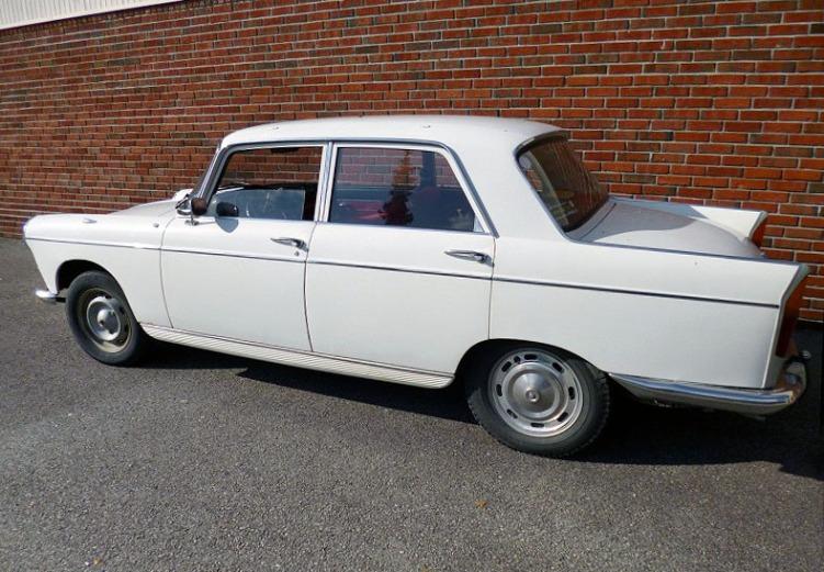 Peugeot 404_6