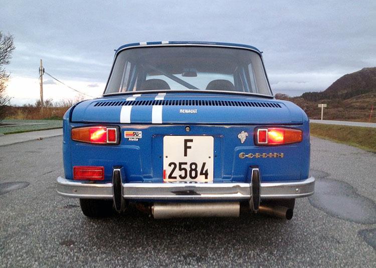 Renault 8 Gordini_9