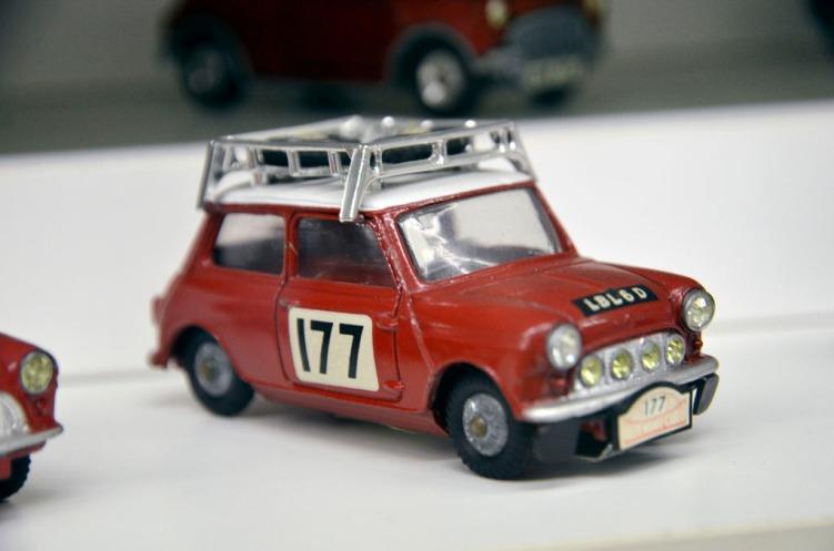 Modellbilsamling_43
