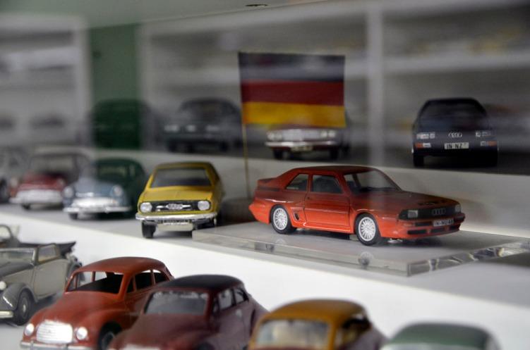Modellbilsamling_54