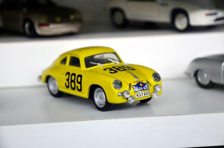 Modellbilsamling_64