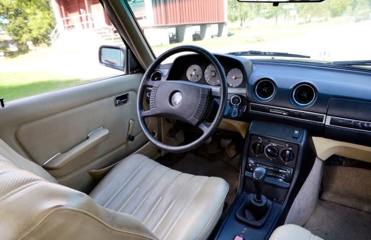 Mercedes W123 250_7