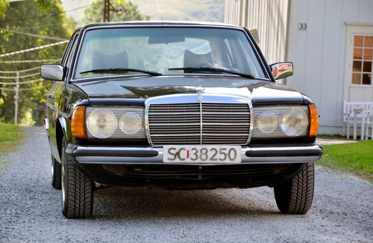 Mercedes W123 250_9