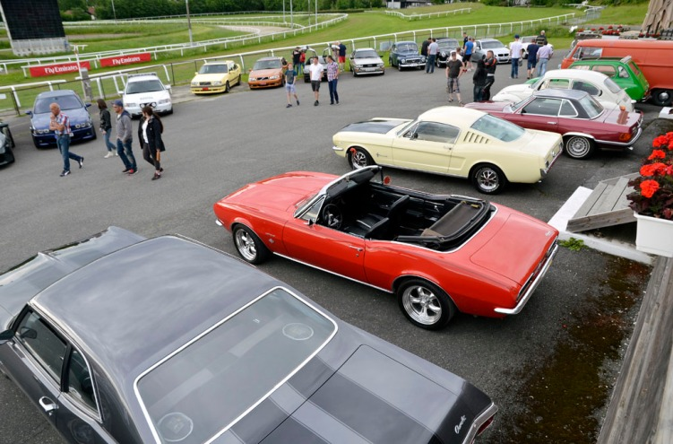 Cars & Coffee juni 2015_17