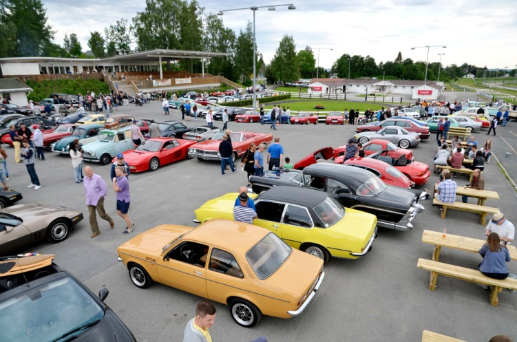 Cars & Coffee juni 2015_48